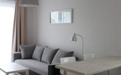 Chodźki 25 – mieszkanie na wynajem, 2 sypialnie, pokój dzienny z kuchnią
